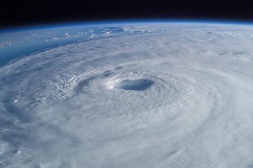 Free Hurricane Alert Emails